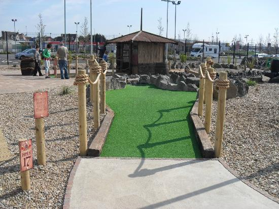 Junction Jack's Mini Golf: Hole 17