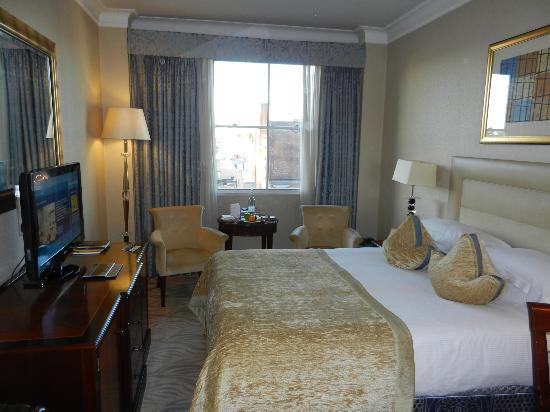 โรงแรมเวสต์บิวรี เมย์แฟร์: Room