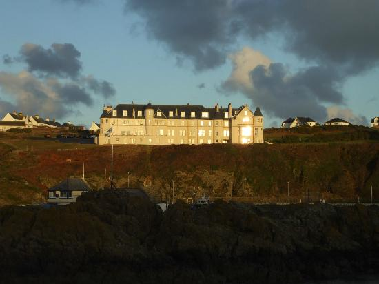 The Portpatrick Hotel: hotel early morning