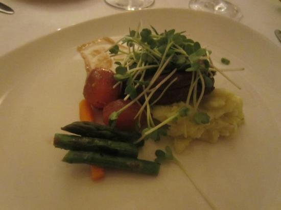 Casa Mun: Mun's Lomo atop wasabi mashed potatoes w/ malbec-soy reduction...WOW!