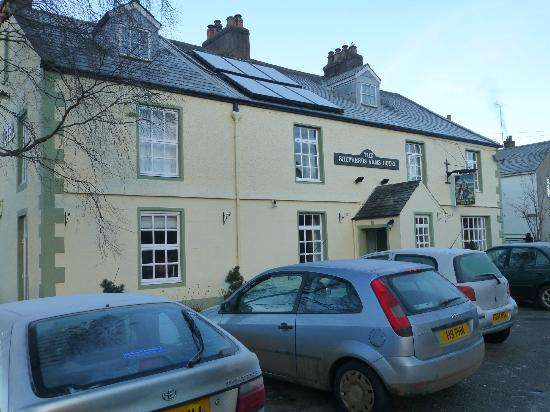 The Shepherds Arms Hotel: outside the hotel