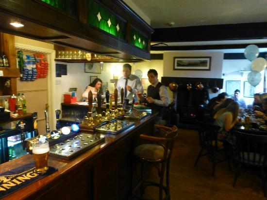 The Shepherds Arms Hotel: Bar