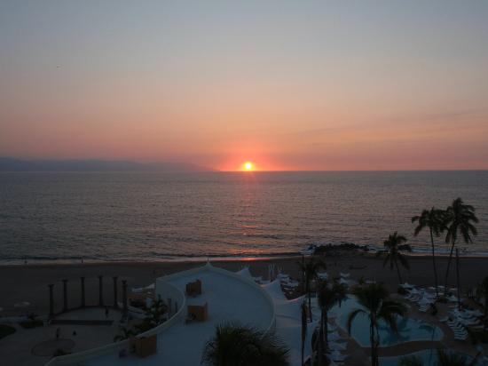 Hilton Puerto Vallarta Resort: Sunset