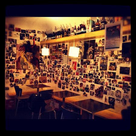 Basquiat Cafè: Una delle pareti