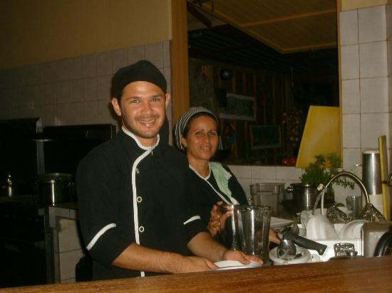 La Cusinga Eco Lodge: Two of our wonderful chefs, Dennis & Dinia