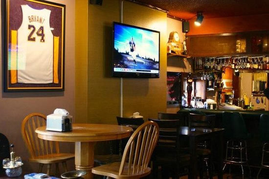 The Higgins Hotel: The Antelope Bar and Restaruant