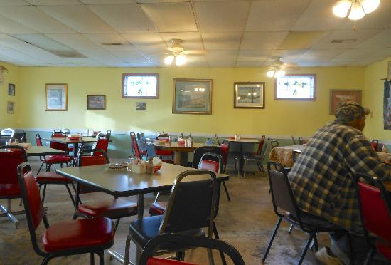 Country Cafe: Dining Room