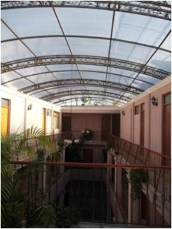 Hotel Condesa: Interior del Hotel