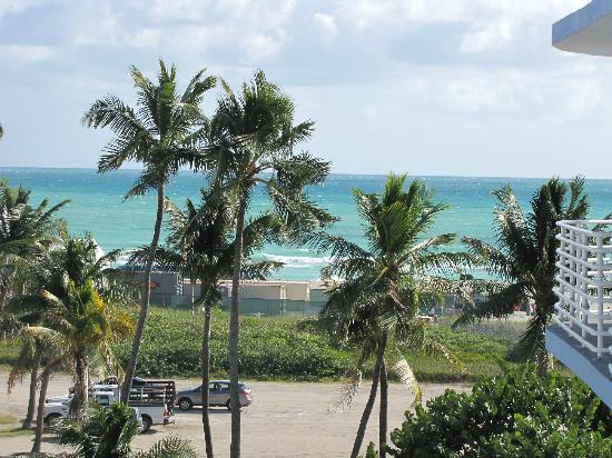 Suites at Congress Ocean Drive: View from room C505