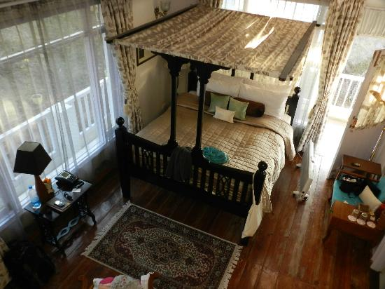 Te Aroha Dhanachuli : Bedroom seen from attic
