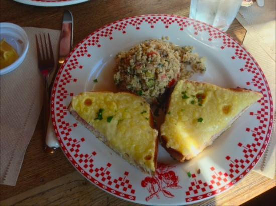 Photo of Cafe La Boulange de Hayes at 500 Hayes Street,, San Francisco, CA 94102, United States