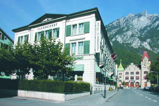 Hotel Glarnerhof: Ansicht Westen