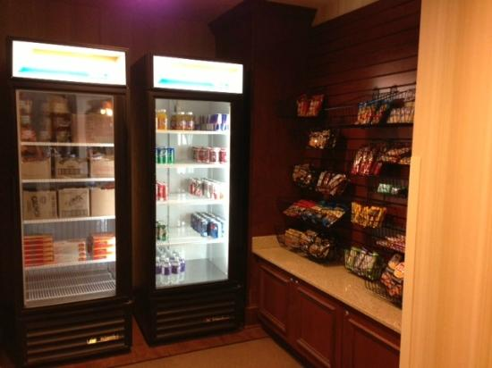 Country Inn & Suites by Radisson, Braselton, GA: Sweet Shop!