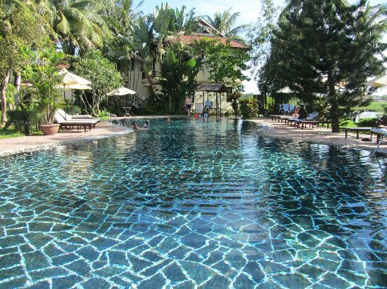 Hoi An Riverside Resort & Spa: The wonderful pool
