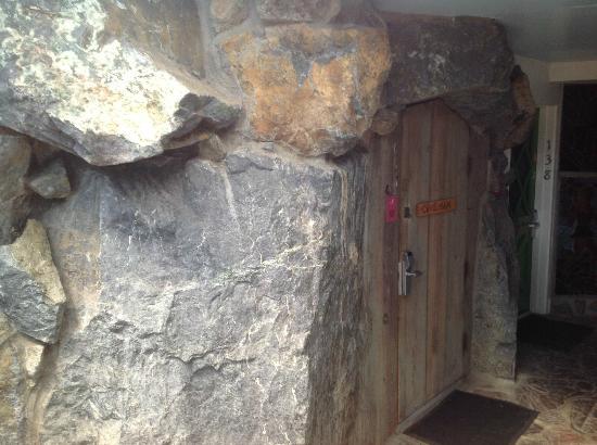 Madonna Inn Caveman Room : Caveman room picture of madonna inn san luis obispo
