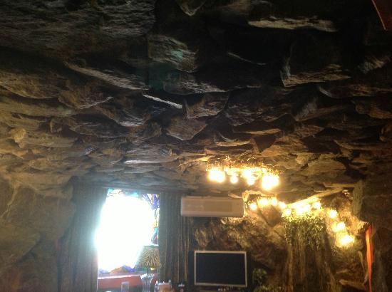 Madonna Inn Caveman Room : Caveman room all rock picture of madonna inn san luis