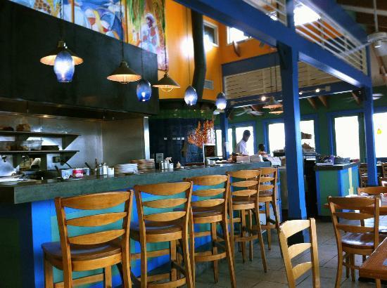 Cimboco: Open plan kitchen area