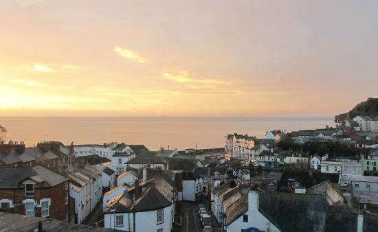 Dunluce House: December sunrise over Dawlish