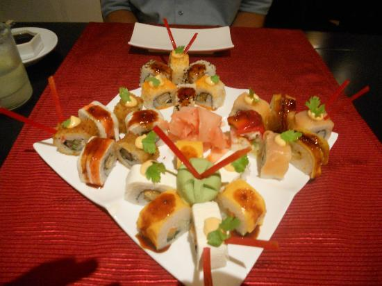 Grand Riviera Princess All Suites Resort & Spa: Sushi at Miso (only al la carte seating serves sushi)