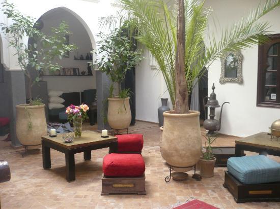 Riad Chafia: Cour intérieure