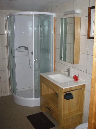 Rimitara Island, Polynésie française : La salle de bain
