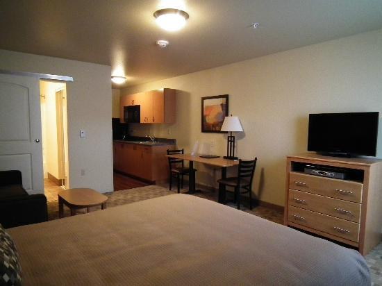 Juneau Aspen Suites Hotel : Single Queen Kitchenette