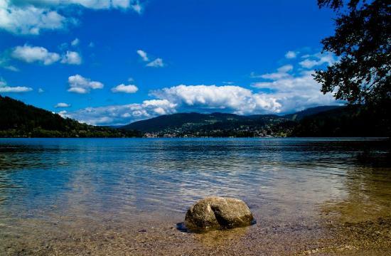 Camping Sites et Paysages Au Clos de la Chaume : Vallée des Lacs à partir du Camping au Clos de la Chaume Corcieux Vosges Lorraine