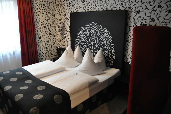 Hotel Sonne: Cama doble