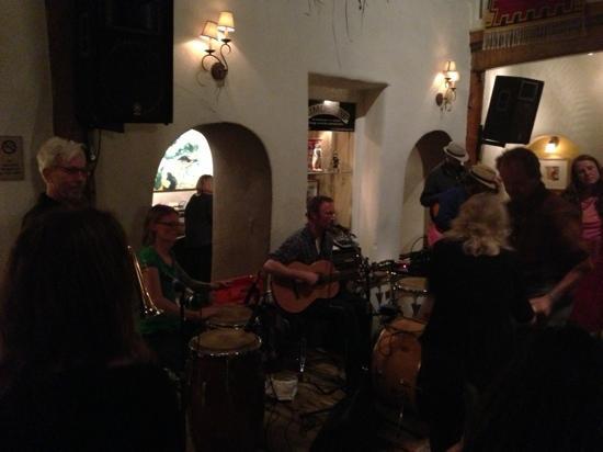Adobe Bar: live music
