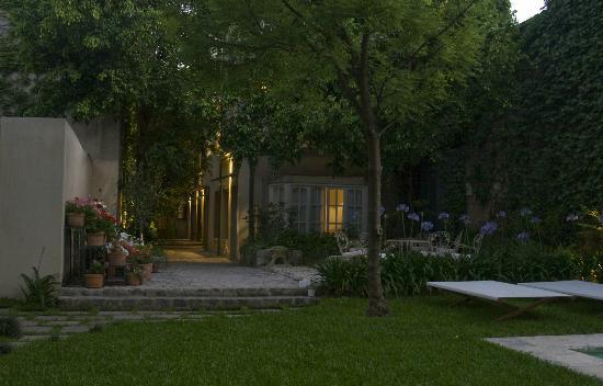 โรงแรมปาแลร์โม่: The Garden