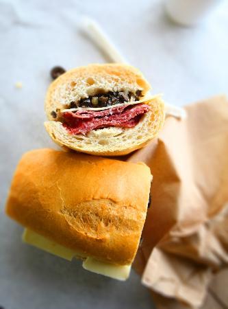 Fino's Italian Deli & Catering