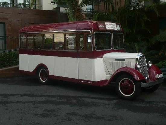 The Residence: Trip out on the 1933 bus