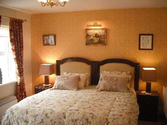 Killyliss Country House: Ground floor suite