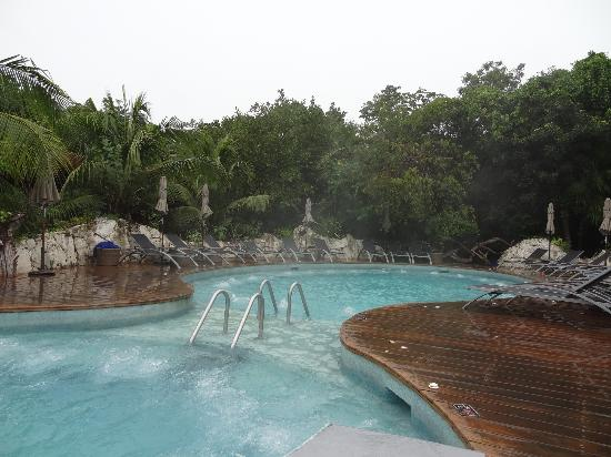 Sandos Caracol Eco Resort: select area jacuzzi