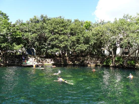 Sandos Caracol Eco Resort: Cenote on site
