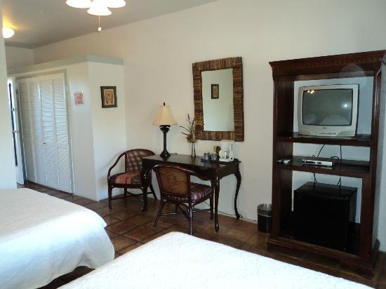 Rooms at Caribbean Paradise Inn