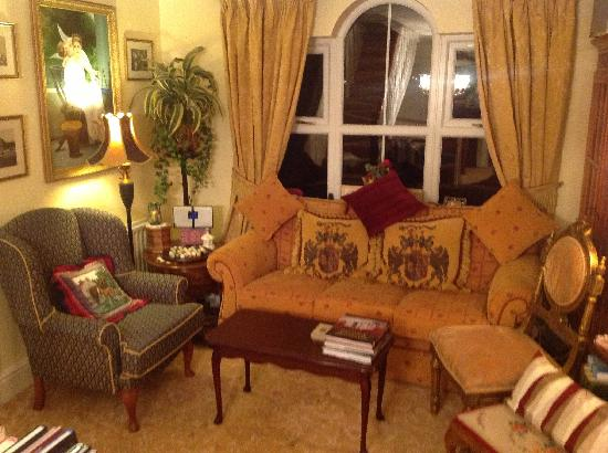 Killyliss Country House: Lounge