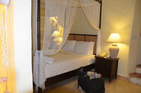 Windjammer Landing Villa Beach Resort: Room