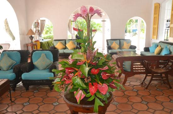 Windjammer Landing Villa Beach Resort: Reception