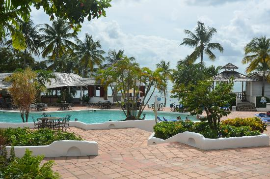 Windjammer Landing Villa Beach Resort: Swimming pool