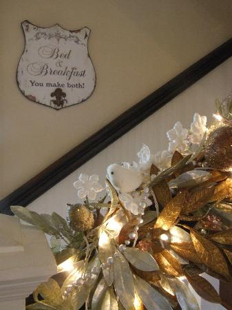 Casa Bella Bed and Breakfast: Newnan GA Christmas Tour 2012