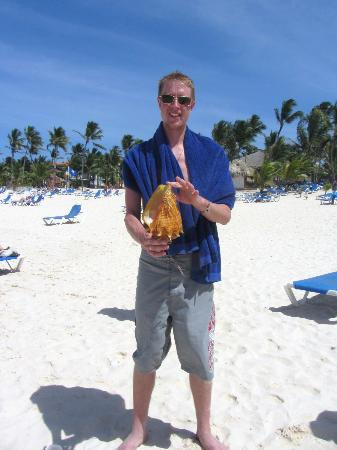 Occidental Caribe: sovaneir bought from a local fisherman that crawled up on the hotels beach