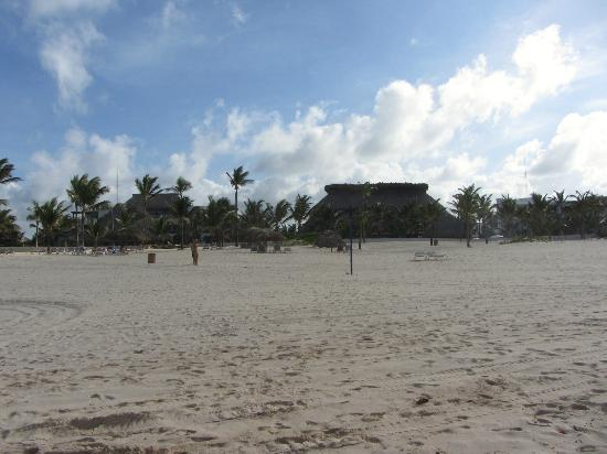 Barcelo Punta Cana: some hotel down the way