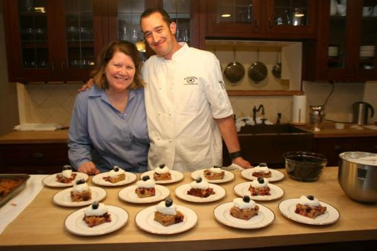 Cedar Gables Inn: Chef Wright and Susie