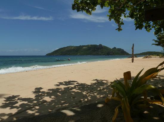 Wayalailai Ecohaven Resort: view of Wayalailai's beach from hammock