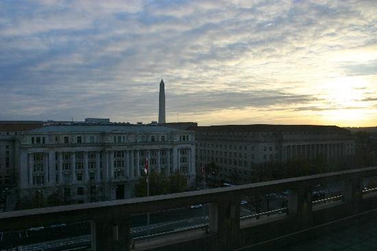 JW Marriott Washington, DC: View from the Room - Penn Ave & Washington Monument