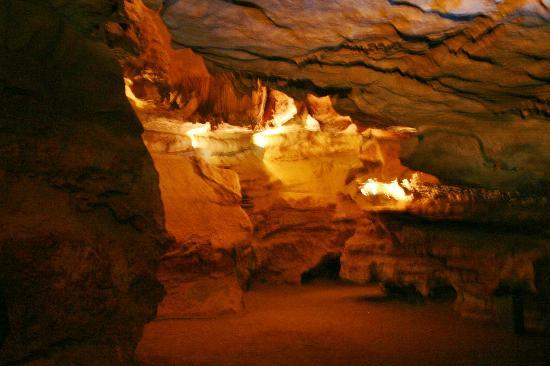 Skyline Caverns: Caverns