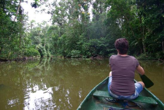 Laguna del Lagarto Lodge: Kanutour durch den Regenwald