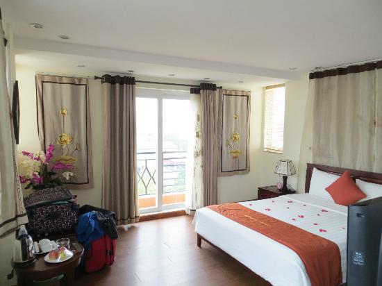 هانوي تشارمنج 2 هوتل: Outside ( VIP) room, 8 floor,  views