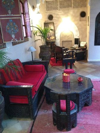 Riad Jona: Seating on First Floor
